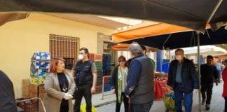 Η Δήμαρχος Ν. Ιωνίας στην λαϊκή αγορά της Καλογρέζας