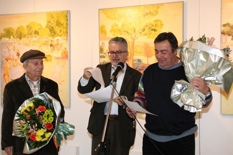 Στα εγκαίνεια της έκθεσης ζωγραφικής των Ιωνιωτών Ζωγράφων Νίκου Βουλγαρέλη και Παρασκευά Πασιρόγλου το 2011