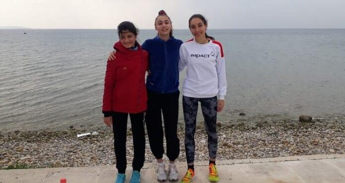 Αναστασία Αντωνοπούλου, Σεβαστιανή Ασλανίδου, Παυλίνα Βασιλείου, αθλήτριες του Γυμναστικού Συλλόγου Ίκαρος Νέας Ιωνίας